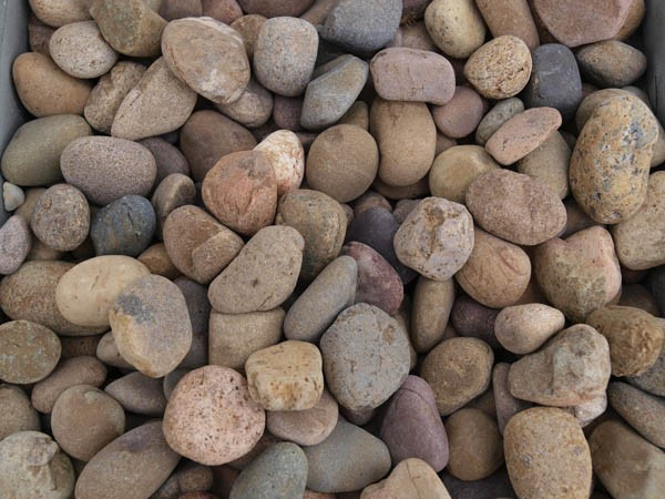 Pebbles stones preston landscape supplies for Large river stones for landscaping